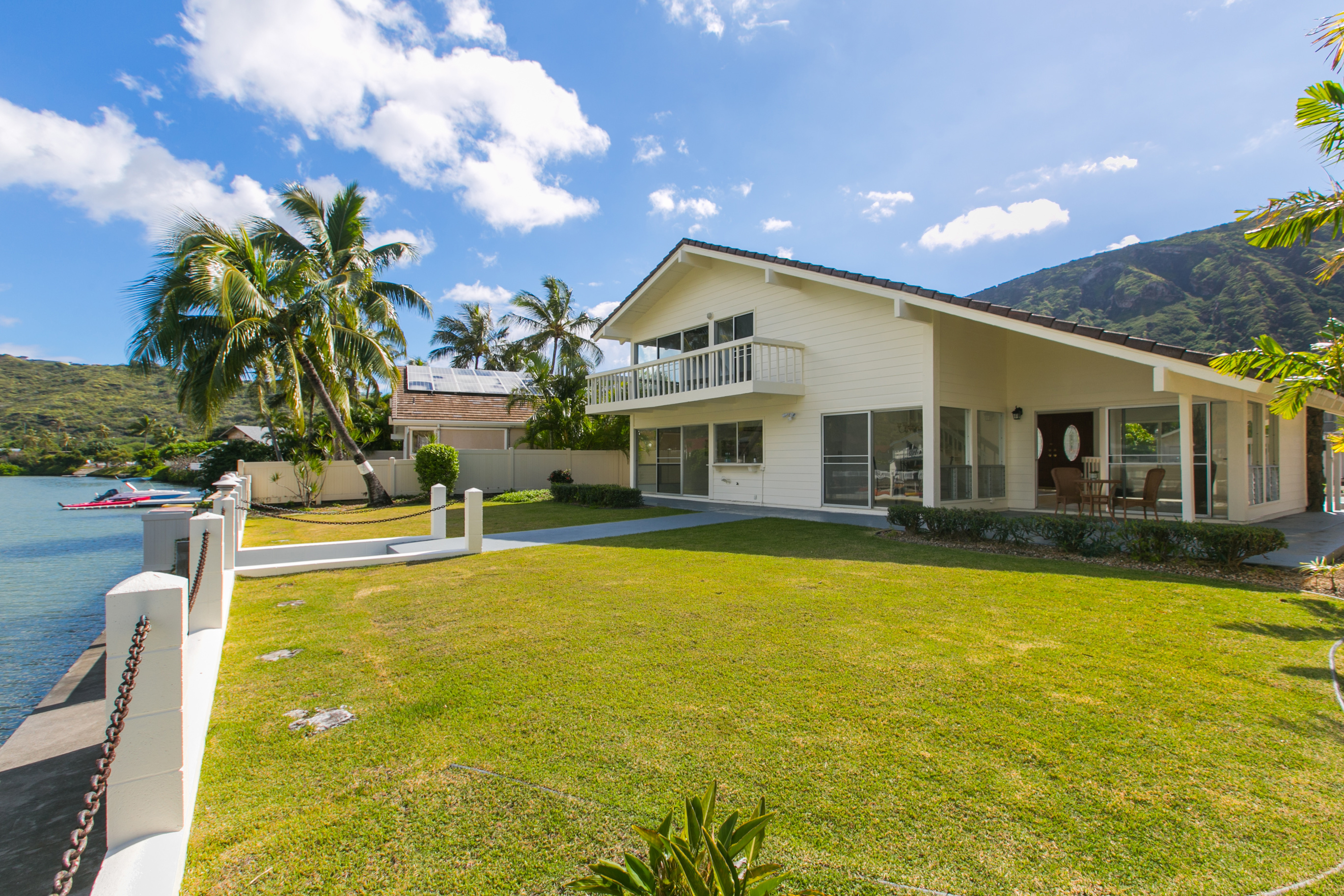 Hawai'i Life Real Estate Brokers