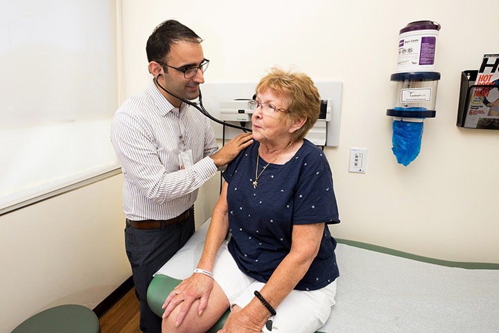 Dr. Rajive Zachariah, an internal medicine physician at Straub Medical Center